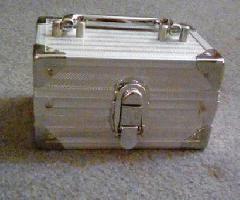 جعبه فولاد کوچک